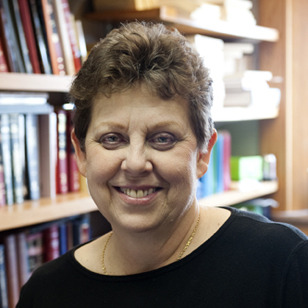 Julia  Lamber
