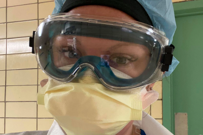 Amy Lennon wearing a mask, goggles and hair covering