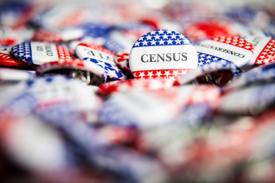 buttons that say census on them