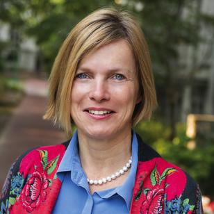 Inge  Van der Cruysse