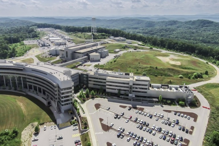 The Spallation Neutron Source at Oak Ridge National Laboratory