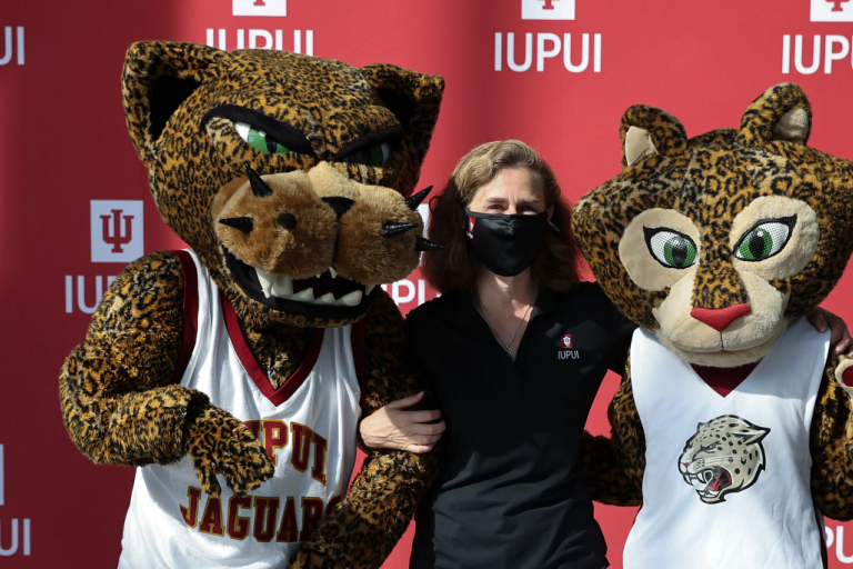 President Whitten with IUPUI mascots