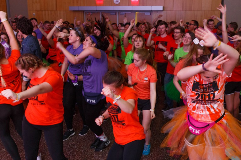 A crowd of students dancing at Jagathon