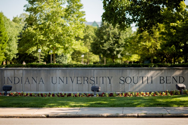 The IU South Bend campus sign.