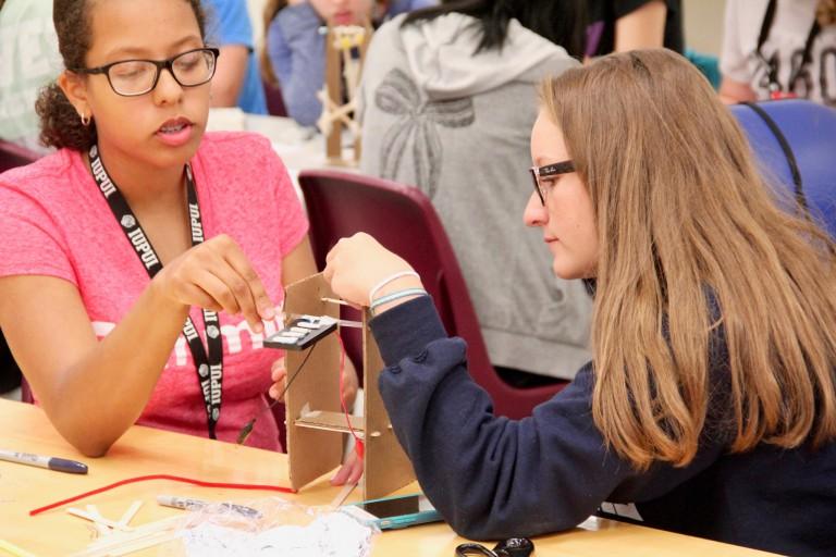 Girls at an IUPUI engineering camp