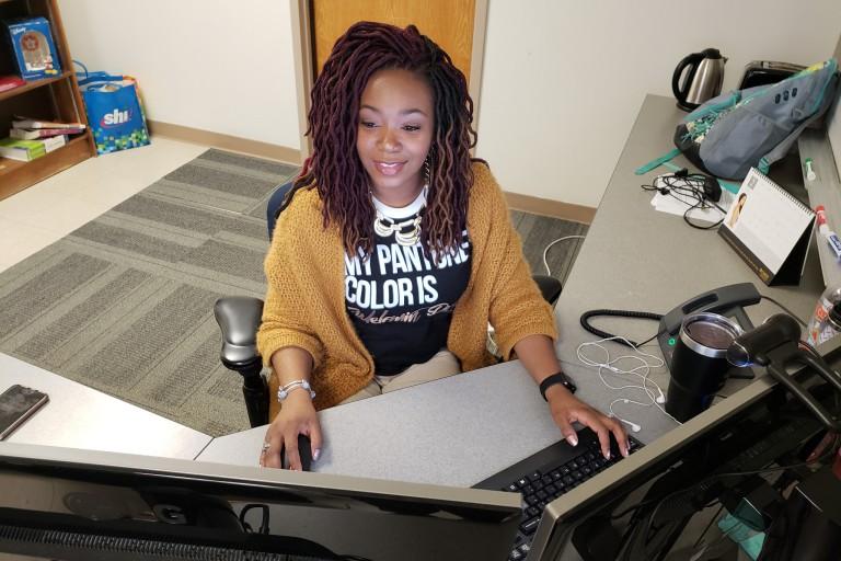 Dorlita Blakely working at a computer