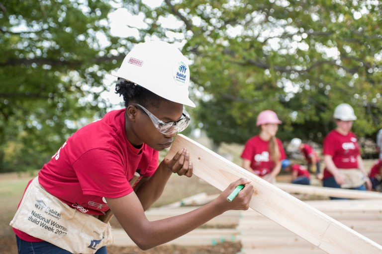 Students volunteer with Habitat for Humanity
