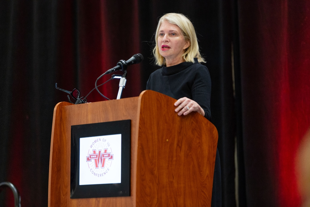 Martha Hoover addresses crowd at Women of IU conference