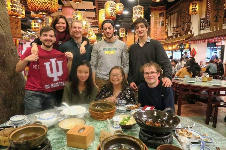 IU students at dinner in China