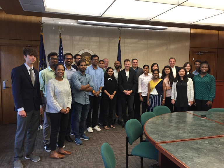 IUPUI students gather with Indianapolis Deputy Mayor Jeff Bennett