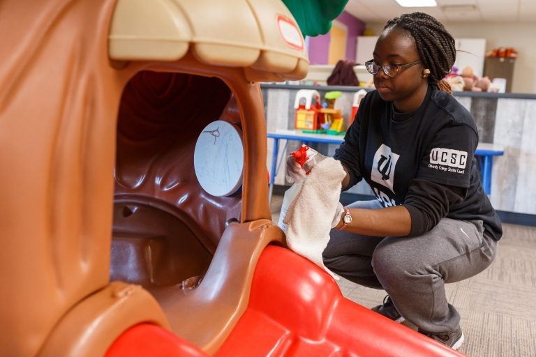 IUPUI students clean the play area of the Baxter YMCA during MLK Day of Service 2020.