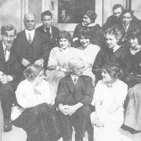 Students and faculty at the Herron School, circa 1920